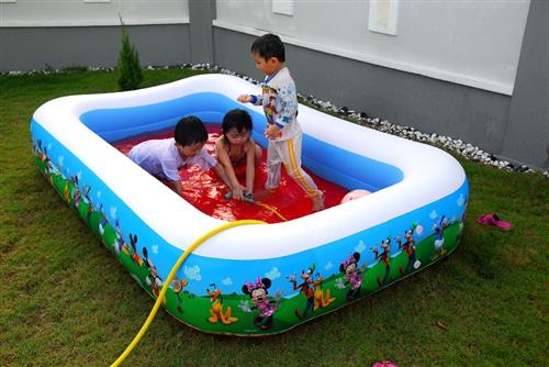 Fun Plastic Swimming Pool For Kids