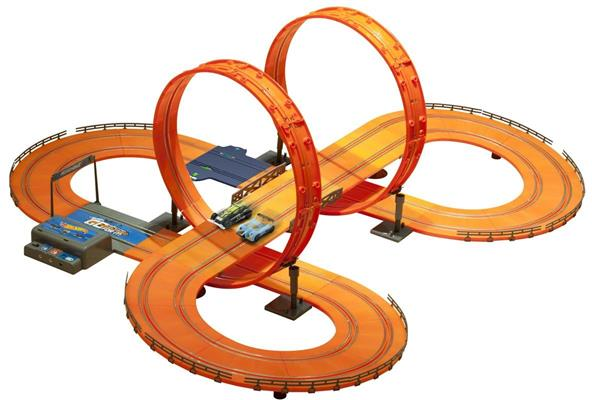 Track Set with 2 Slot Cars with Adaptor